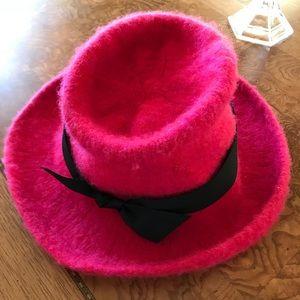 Pink boiled wool fedora